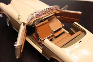Прикрепленное изображение: BMW 503 - salon 2.jpg