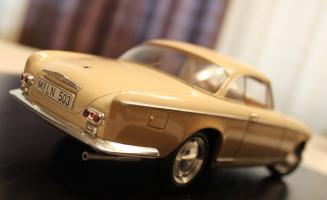 Прикрепленное изображение: BMW 503 - szadi sboku.jpg