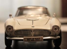 Прикрепленное изображение: BMW 507 - speredi 2.jpg