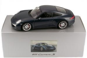 Прикрепленное изображение: 1zu18_Porsche_911_Carrera_S_Typ_991_blau_Minichamps_WAP0210200C_23378_14.JPG