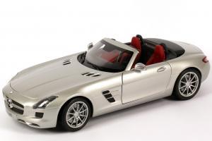 Прикрепленное изображение: 1zu18_Mercedes-Benz_SLS_AMG_Roadster_R197_iridium-silber_MB_Minichamps_B66960078_22577_01.JPG