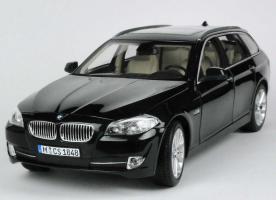 Прикрепленное изображение: 1zu18_BMW_5er_550i_touring_F11_saphirschwarz-met_BMW__Norev_80432158015_20089_02.JPG