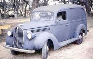 Прикрепленное изображение: Ford Panel Van-1939.04.jpg
