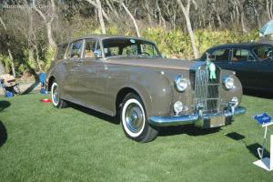 Прикрепленное изображение: Rolls Roys Silver Cloud I Harold Radford SC Estate-1959.02.jpg