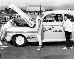Прикрепленное изображение: 1950s rocket muff.jpg