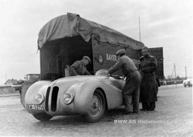 Прикрепленное изображение: 1940 BMW 328.JPG