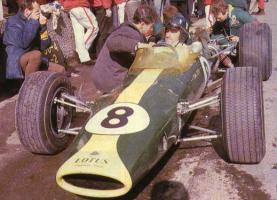 Прикрепленное изображение: HILL SA 1967.jpg