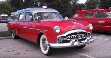 Прикрепленное изображение: 1952 Packard Henney Ambulance 6.JPG