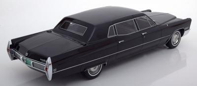 Прикрепленное изображение: Limousine-Cadillac-Fleetwood-75-BoS-BOS309-2.jpg