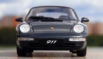Прикрепленное изображение: Porsche 993 (1).jpg