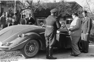 Прикрепленное изображение: OK---Goering-Mercedes-3.jpg