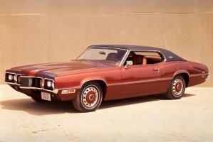 Прикрепленное изображение: 1970 Ford Thunderbird 001.jpg