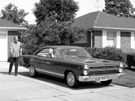 Прикрепленное изображение: Mercury Comet Cyclone 1966.jpg