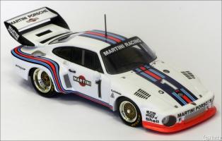 Прикрепленное изображение: 1976 Porsche 935-76 ADAC 1000km Stommelen-Schurti - Minichamps - 400766301 - 3_small.jpg