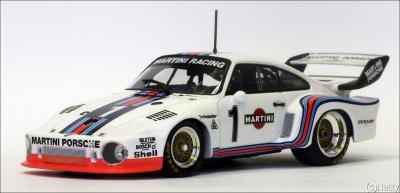 Прикрепленное изображение: 1976 Porsche 935-76 ADAC 1000km Stommelen-Schurti - Minichamps - 400766301 - 1_small.jpg