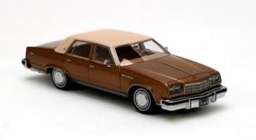 Прикрепленное изображение: BUICK Electra Sedan Gold Metallic 1977.jpg