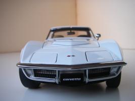 Прикрепленное изображение: Chevrolet Corvette Stingray 1970 (Autoart) (34).JPG