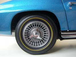 Прикрепленное изображение: Chevrolet Corvette Sting Ray 1965 (GMP) (41).JPG