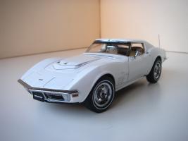 Прикрепленное изображение: Chevrolet Corvette Stingray 1970 (Autoart) (11).JPG