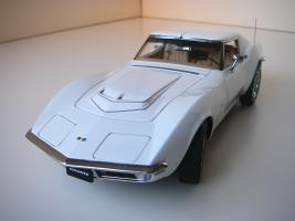 Прикрепленное изображение: Chevrolet Corvette Stingray 1970 (Autoart) (19).JPG
