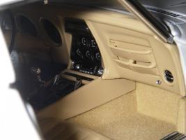 Прикрепленное изображение: Chevrolet Corvette Stingray 1970 (Autoart) (48).JPG