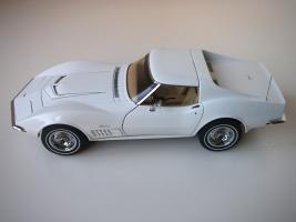 Прикрепленное изображение: Chevrolet Corvette Stingray 1970 (Autoart) (25).JPG