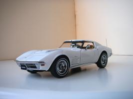 Прикрепленное изображение: Chevrolet Corvette Stingray 1970 (Autoart).JPG