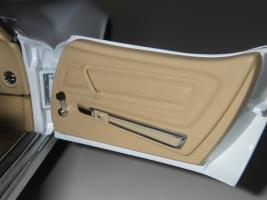 Прикрепленное изображение: Chevrolet Corvette Stingray 1970 (Autoart) (50).JPG