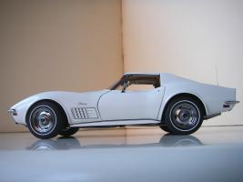 Прикрепленное изображение: Chevrolet Corvette Stingray 1970 (Autoart) (8).JPG