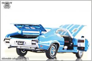 Прикрепленное изображение: oldsmobile cutlass 4-4-2 2.jpg