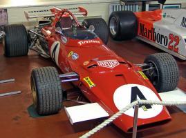 Прикрепленное изображение: Ferrari_312B_Donington.jpg
