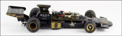 Прикрепленное изображение: 1972 Lotus 72 E.Fittipaldi - Minichamps - 430 720008 - 7_small.jpg