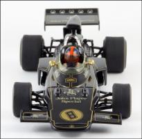 Прикрепленное изображение: 1972 Lotus 72 E.Fittipaldi - Minichamps - 430 720008 - 2_small.jpg