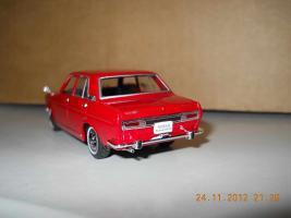 Прикрепленное изображение: Colobox_Nissan_Bluebird_510_SSS_Norev~02.jpg