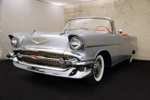 Прикрепленное изображение: 1957 Chevrolet BelAir Convertible (16) Website.jpg