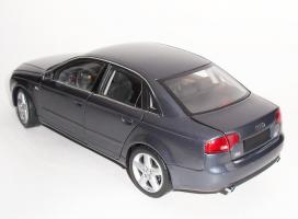 Прикрепленное изображение: Audi A4 2005 Grey (6).JPG