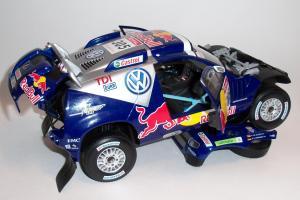 Прикрепленное изображение: Volkswagen Race Touareg #305 (14).JPG