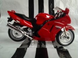 Прикрепленное изображение: Honda CBR1100XX Welly.jpg
