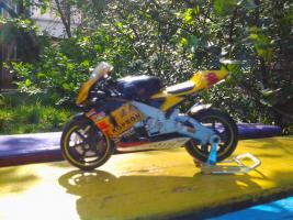 Прикрепленное изображение: Honda RC 211 V Team Kopron MotoGP (Fabrizio Lai №32)  -Saico.jpg
