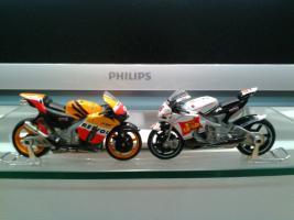 Прикрепленное изображение: Honda RC212V Team Repsol 2008 D.Pedrosa #2.& Honda RC 212 V San Carlo MotoGP (Shinya Nakano №56)  -  118  -  Saico.jpeg
