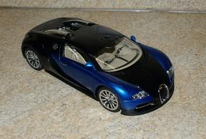 Прикрепленное изображение: BugattiEB 16.4Veyron Showcar AutoArt (1).JPG