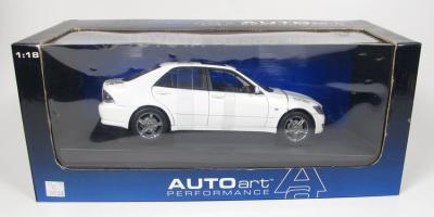 Прикрепленное изображение: Toyota RS200 ALTEZZA 1998 RHD.jpg