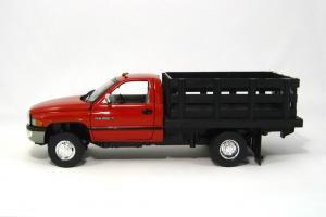 Прикрепленное изображение: 1995 Dodge Ram Stake Truck (2).JPG