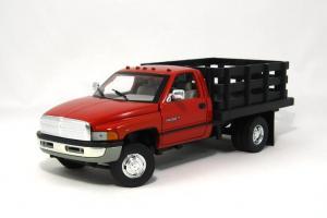 Прикрепленное изображение: 1995 Dodge Ram Stake Truck (1).JPG