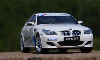 Прикрепленное изображение: BMW M5 E60 (26).JPG