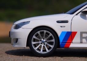 Прикрепленное изображение: BMW M5 E60 (15).JPG