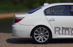 Прикрепленное изображение: BMW M5 E60 (14).JPG