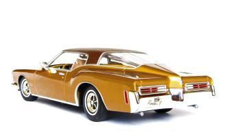 Прикрепленное изображение: Buick rear side.jpg