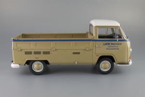 Прикрепленное изображение: Volkswagen T2a Pritsche LKW Service Schuco 450018100_04.JPG