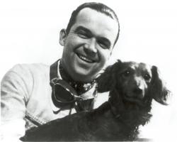 Прикрепленное изображение: Rudolf-Caracciola-mit-Hund.jpg